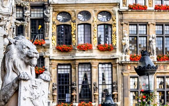 boka flyg och hotell paris